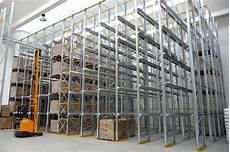 scaffali drive in scaffali e scaffalature drive in per magazzino intensivo