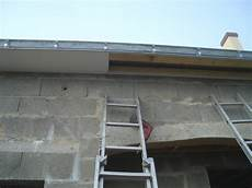 spot exterieur sous toiture