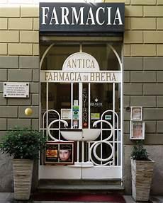 daily photo farmacia di brera
