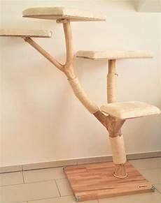 Der Kratzbaum Ist Sehr Stabil Eine Fixierung An Der Wand