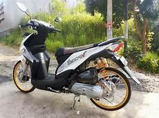 Modifikasi Beat 2012 by Modifikasi Honda Beat Fi Velg 17 Warna Putih Gambar