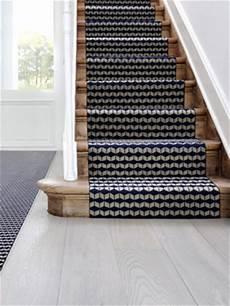 1 tapis moderne pour 1 escalier graphique