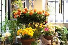 figli dei fiori in italia como fashion flower market