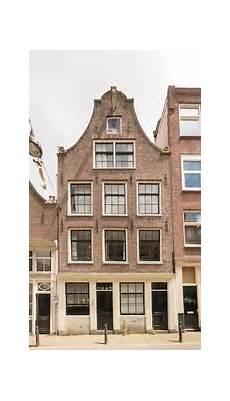 haus kaufen amsterdam bed and bikes jordaan 17th century monument amsterdam
