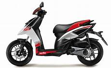 Aprilia Sr 125 Price Mileage Review Aprilia Bikes