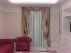 tende con calate e mantovane tendaggio con calate e mantovana in stile barocco