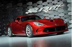 2020 dodge viper mid engine dodge viper to return in 2020 with new 550bhp naturally