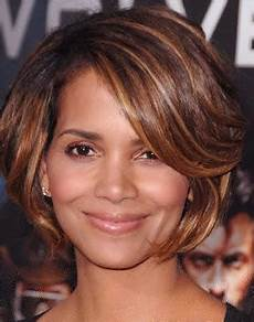 short hairstyle for 40 year old woman modern hairstyles for over 40 years old woman 99