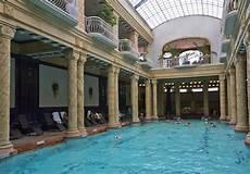 le de piscine piscine les meilleures adresses