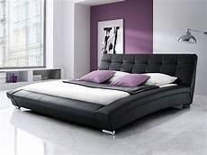 bett schwarz polsterbett schwarz bett 180x200 kunstlederbett