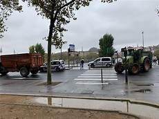 blocage 17 novembre lyon les agriculteurs vont bloquer lyon quelles routes 224