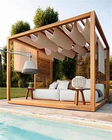 elegante pergola mit chill lounge ecke im ibiza style
