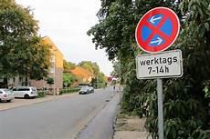 Was Gilt Unmittelbar Vor Und Auf Zebrastreifen - auch albert schweitzer grundschule bekommt elterntaxi