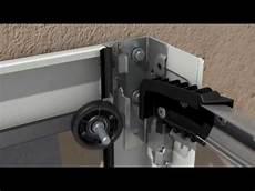 Montage De La Porte De Garage Sectionnelle H 246 Rmann