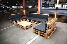 europaletten tisch weiß palettenlounge mit tisch lounge tisch aus paletten