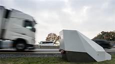 Blitzer Ohne Blitz - enforcement trailer so funktioniert der neue