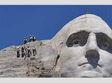best time to go to mt rushmore