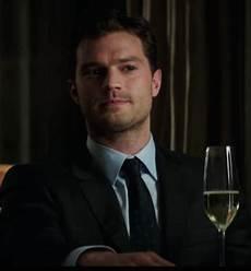 Dornan Christian Grey - fifty shades darker clip drops so do s the