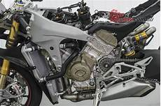 world launch ducati panigale v4 s ride bike review