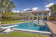 tropical modern residence 29 500 000 pricey pads