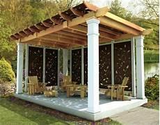 garten pergola selber bauen eine alleinstehende pergola mit zus 228 tzlichem sonnenschutz garten pergola selber bauen