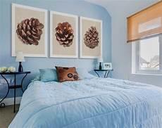 schlafzimmer gestalten farben babyblaue wandfarbe f 252 r akzentwand im schlafzimmer
