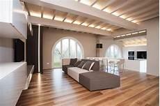 sodobna minimalistična vila polna topline