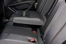 peugeot 3008 accessoires peugeot 3008 suv 2016 features equipment and