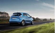 2017 renault zoe electric car larger battery doubles range