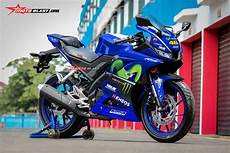Modifikasi Yamaha R15 by Modifikasi Striping All New Yamaha R15 Ala Repsol