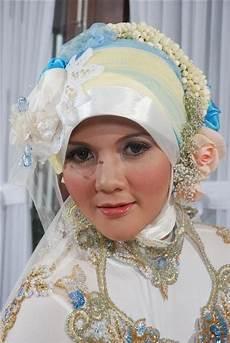 Kreasi Jilbab Pengantin Modern Make Up Wisuda Jogja