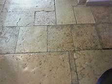 pavimenti in pietra di trani cattedrale pietre raffaele cileo pietra di trani