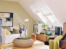 Zimmer Mit Dachschräge Farblich Gestalten - 16 praktische wohnideen f 252 r ihre dachschr 228 ge ideen rund