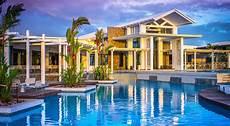 taumeasina island resort thomson adsett