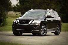 nissan pathfinder pictures more features bump 2019 nissan pathfinder price to 32 225
