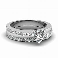 heart shaped fashion diamond wedding ring in 950 platinum fascinating diamonds