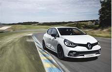 clio rs 2017 renault clio rs 2017 specs and pricing cars co za