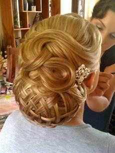 a list of stylish christmas hairstyles for 2015 yusrablog com