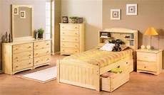 Schlafzimmer Pinie Massiv - bedroom furniture design