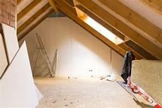 dachgeschoss ausbauen kosten dach ausbauen 187 kostenfaktoren preisbeispiele und mehr