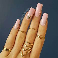 easy and quick light pink acrylic nails designs fashion 2d
