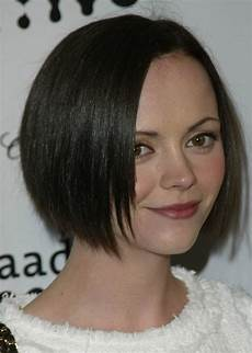 ricci short bob with textured ends for a heart shaped face