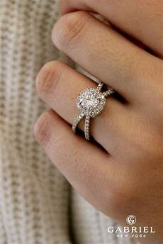 30 unique engagement rings that will make happy oh so