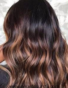 couleur caramel cheveux brun schokolade braun haarfarbe mit highlights haarfarbe