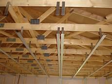 fixation plafond placo fixation plafond placo maison travaux