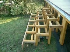 escalier bois piscine hors sol vis de fondation pour terrasse en bois exotique jardin