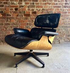 original charles and eames lounge chair model 670