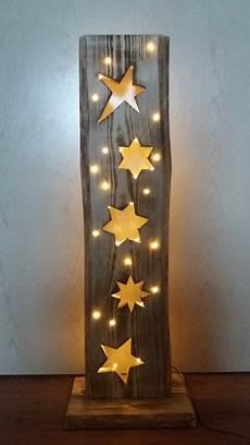 ideen aus holz selber machen deko objekte holzbrett mit sterne led beleuchtung