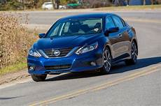 2016 nissan altima 2016 nissan altima drive review motor trend