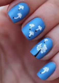 fundamentally flawless manicure monday dandelion nail